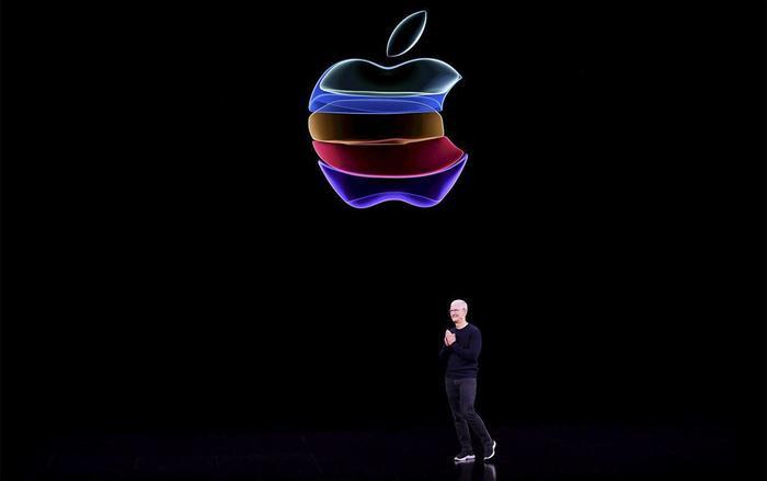 CEO Apple, Tim Cook, tại sự kiện ra mắt iPhone diễn ra vào đêm qua. (Ảnh: AFP)