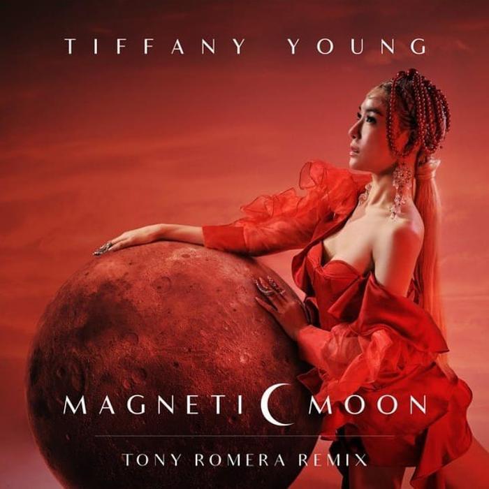 Tiffany (SNSD) ra mắt bản remix của Magnetic Moon với một cung bậc cảm xúc mới lạ.