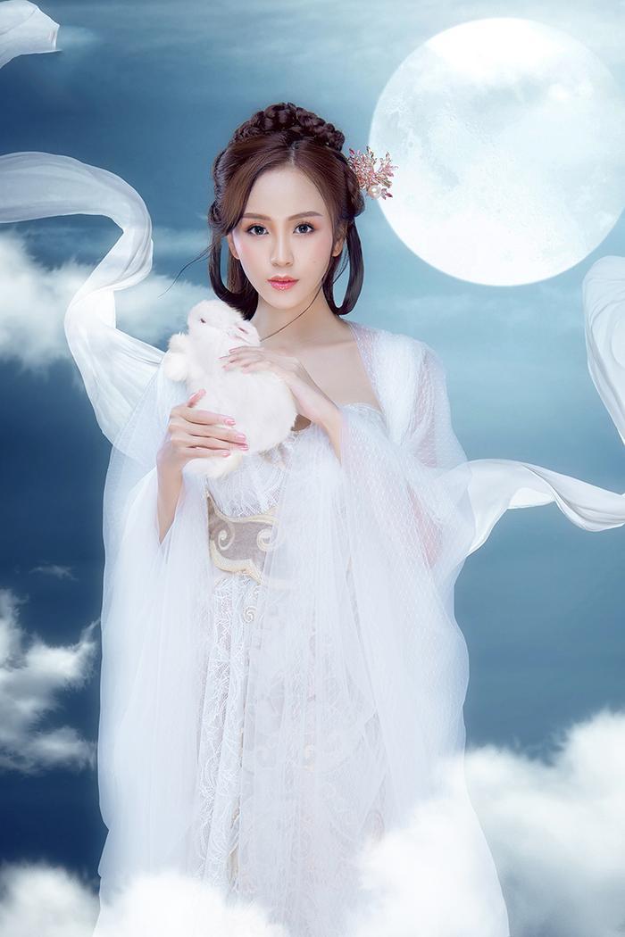 Hải Yến hóa thành chị Hằng Nga đẹp ảo diệu ảnh 8