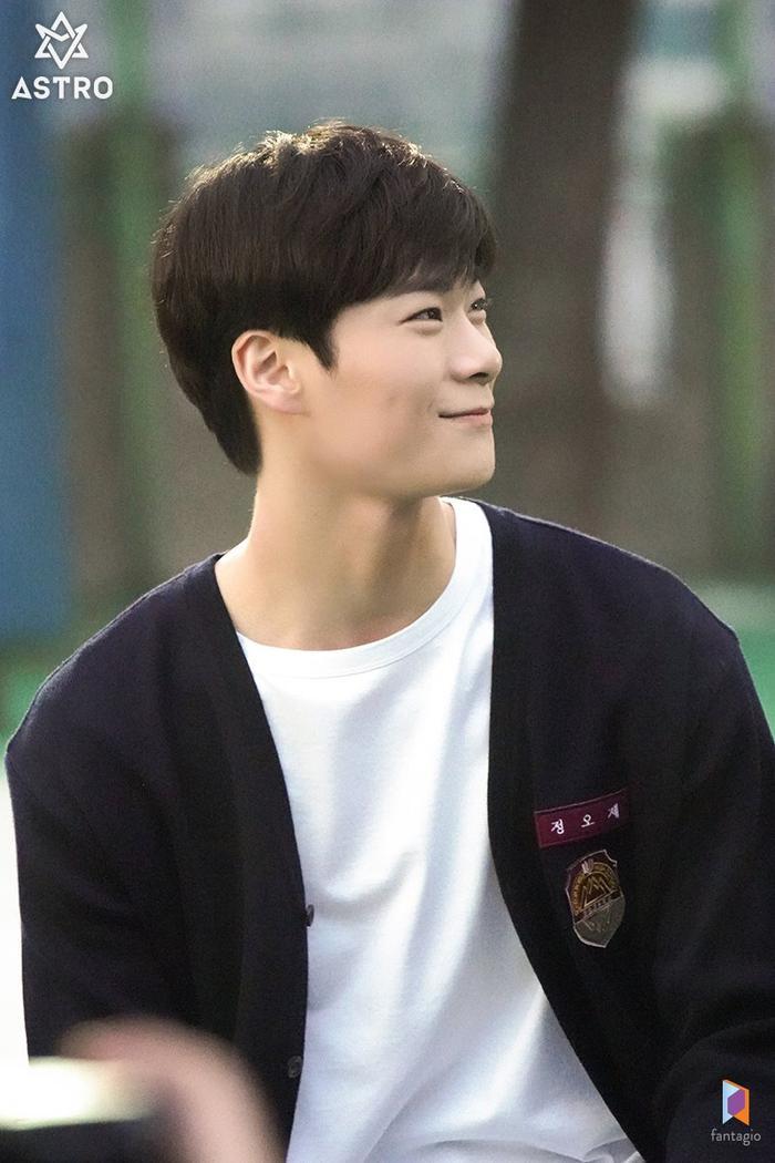 100 khoảnh khắc đẹp của Ong Seong Woo và Moon Bin (ASTRO) trong Khoảnh khắc tuổi 18 ảnh 48