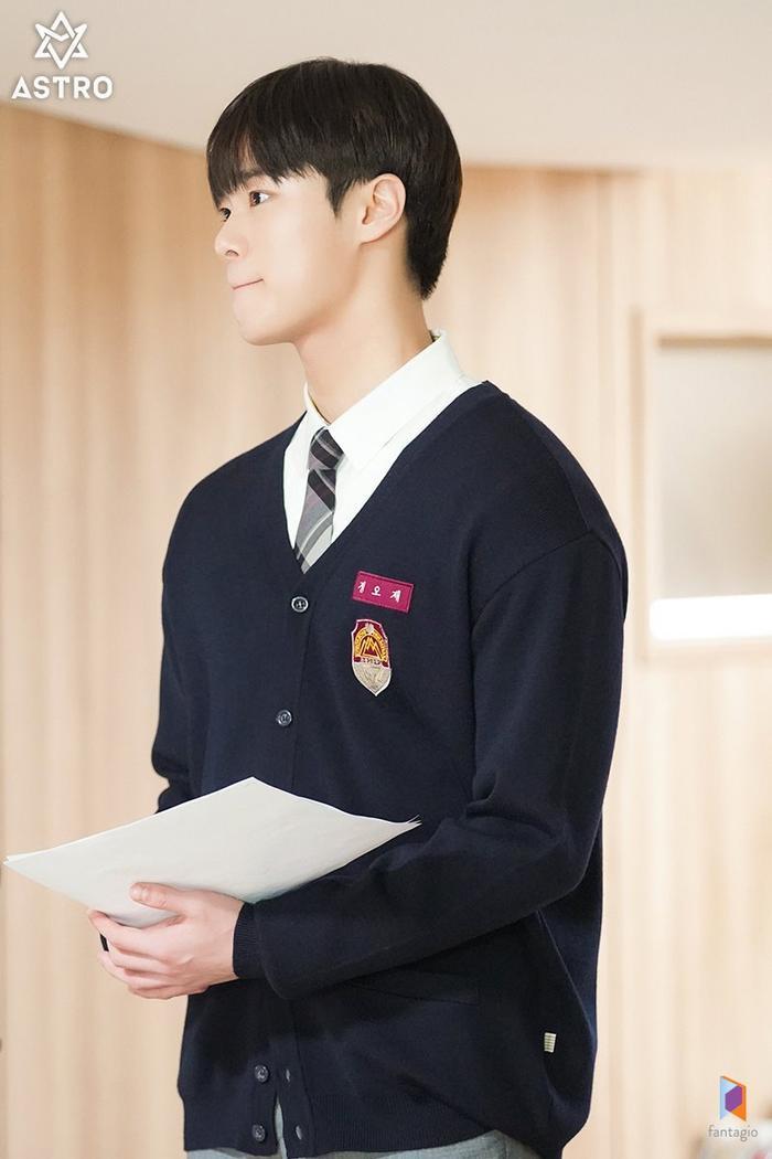 100 khoảnh khắc đẹp của Ong Seong Woo và Moon Bin (ASTRO) trong Khoảnh khắc tuổi 18 ảnh 12