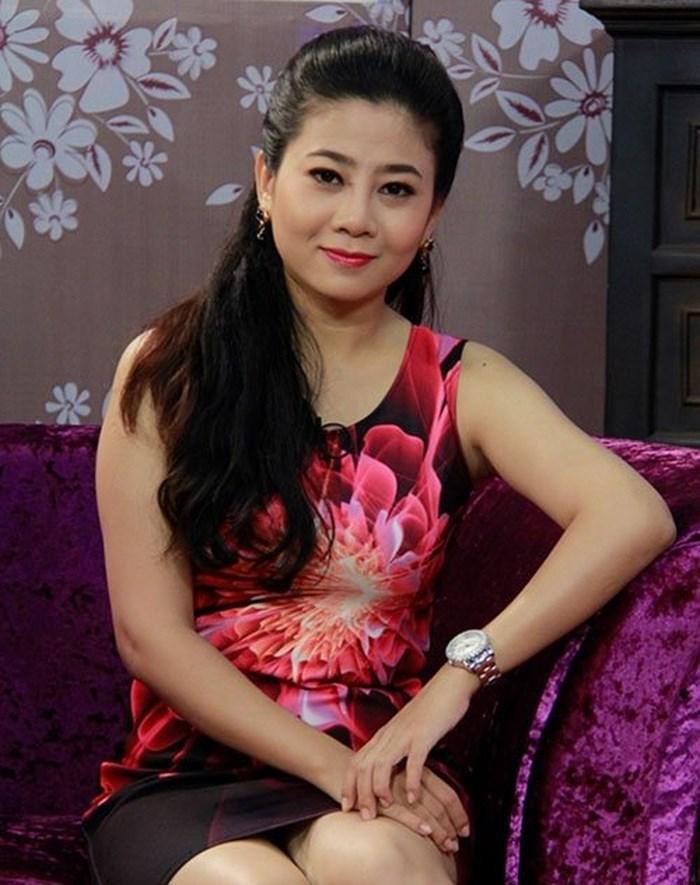 Cuộc sống đầy thăng trầm vất vả của Mai Phương: Vĩnh biệt cô gái luôn có nụ cười rạng rỡ kể cả khi bạo bệnh ảnh 0