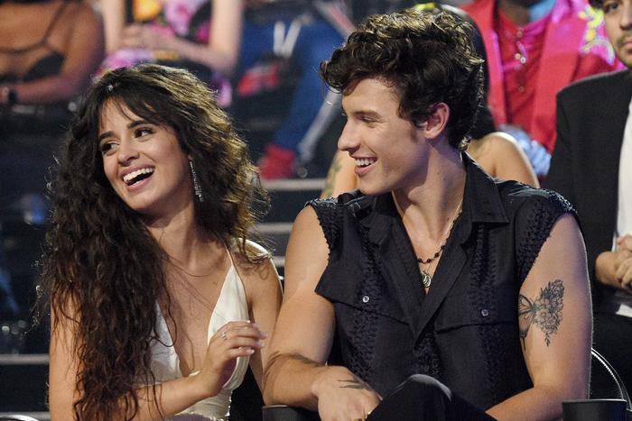 Mối quan hệ của Shawn Mendes và camila Cabello khiến nhiều người cảm thấy ngao ngán.