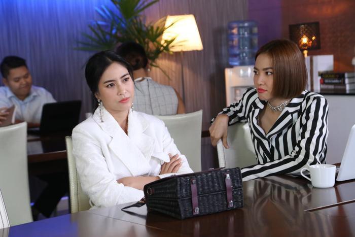 Rục rịch ngày lên sóng, Plerng Ruk Plerng Kaen thả thính bằng loạt drama đánh ghen đậm chất phim Thái ảnh 12