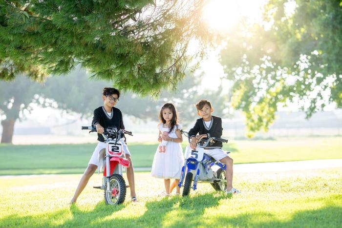 Con gái út của HH Hà Kiều Anh được dự đoán sẽ trở thành tiểu mỹ nhân trong tương lai ảnh 10