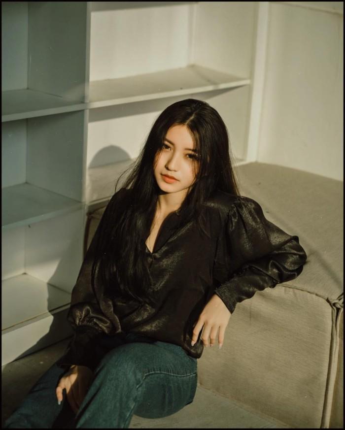 Thế hệ hotgirl sinh năm 2000: Người đạt ielts 8.5 ở tuổi 17, người lên báo nước ngoài nhờ nhan sắc xinh đẹp ảnh 8