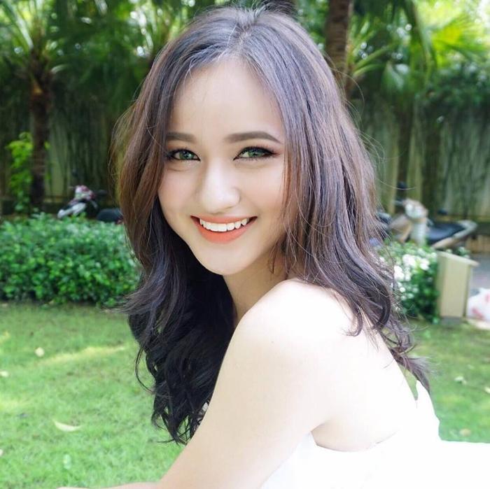 Thế hệ hotgirl sinh năm 2000: Người đạt ielts 8.5 ở tuổi 17, người lên báo nước ngoài nhờ nhan sắc xinh đẹp ảnh 1