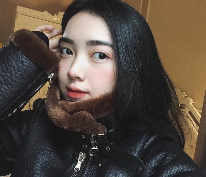 Tết trung thu, Hà Đức Chinh lần đầu lộ ảnh cùng bạn gái nóng bỏng ảnh 3