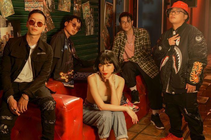 Tóc Tiên trong sản phẩm kết hợp lần đầu tiên với nhóm nhạc Da LAB.