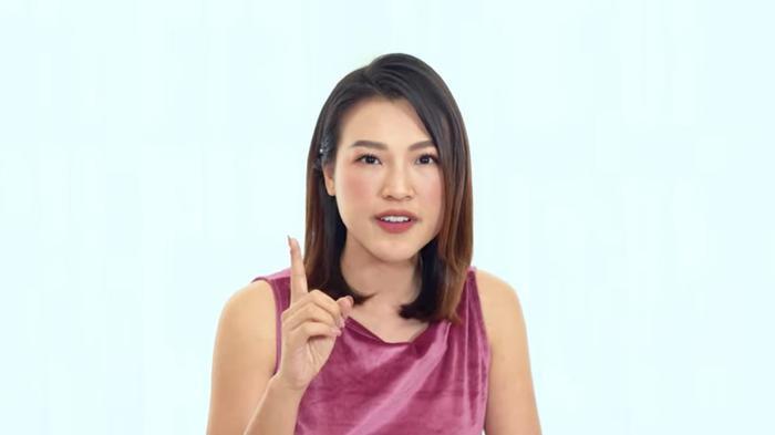 Á hậu Hoàng Oanh tiết lộ từng rung động với MC Quang Bảo năm 16 tuổi ảnh 0