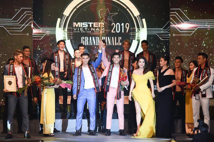 2 Quán quân Mister Việt Nam: Phạm Đình Lĩnh, Phạm Minh Quyền