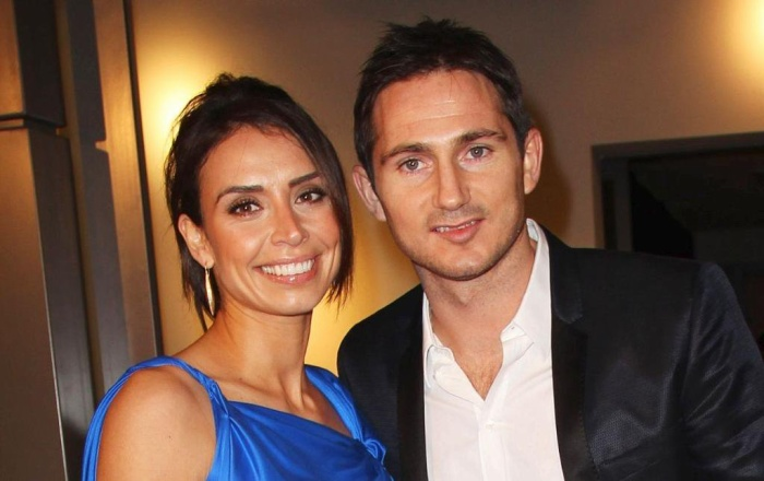 Không chỉ vậy, kể từ khi kết hôn với Christine Bleakley, sự nghiệp trên băng ghế chỉ đạo của Frank Lampard thăng hoa dữ dội.