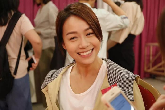 Huỳnh Tâm Dĩnh cuối cùng đã lên tiếng chúc mừng cho phim mới được phát sóng ảnh 6