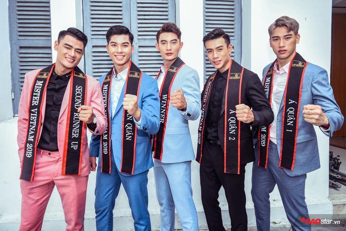 Top 5 Mister Vietnam 2019 thẳng thắn 'đáp trả' lời mời chụp khỏa thân, nghi án 'mua giải'