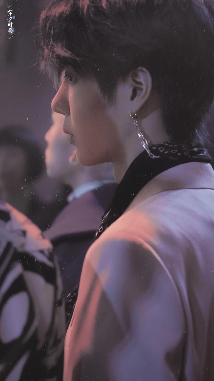 Nam Phái Tam Thúc cảm thấy Vương Nhất Bác thích hợp vai diễn Trương Khởi Linh, dân mạng đề cử luôn Tiêu Chiến ảnh 1