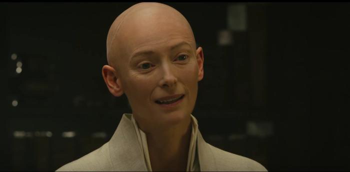 Tilda Swinton trong Doctor Strange.