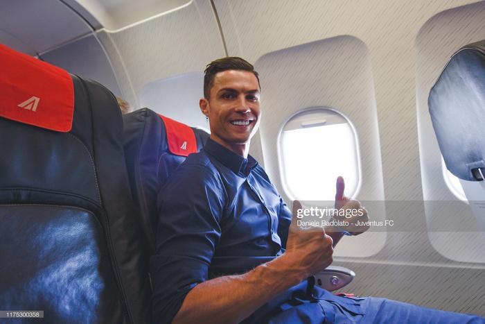 Ronaldo cho rằng anh xứng đáng giành nhiều QBV hơn Messi.