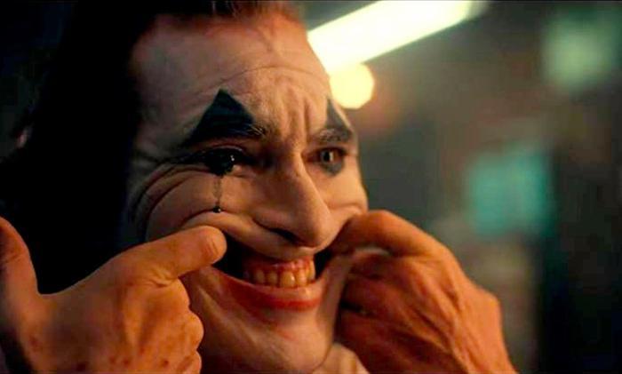 Sẽ chẳng thể có một Joker hoàn hảo nếu không có điệu cười của Joaquin Phoenix ảnh 2
