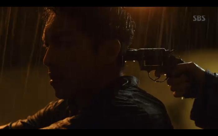 Phim Vagabond tập 2: Suzy xả thân cứu Lee Seung Gi thoát khỏi nhà tù, cùng nhau điều tra phần tử khủng bố? ảnh 11