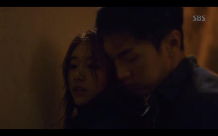 Phim Vagabond tập 2: Suzy xả thân cứu Lee Seung Gi thoát khỏi nhà tù, cùng nhau điều tra phần tử khủng bố? ảnh 14