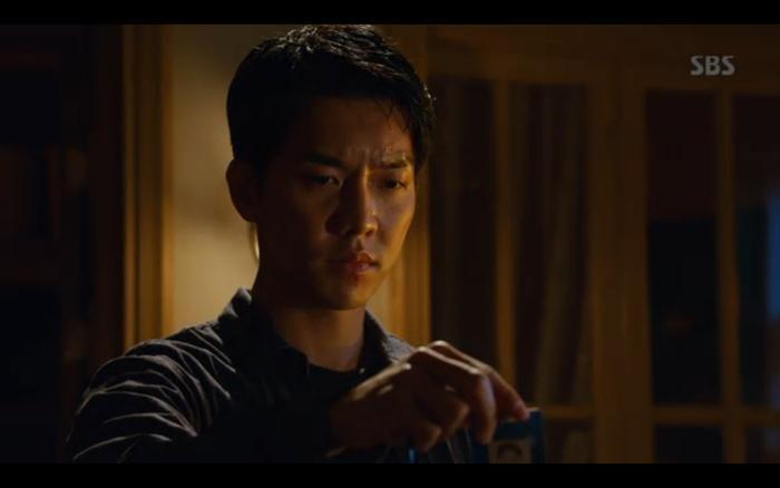 Phim Vagabond tập 2: Suzy xả thân cứu Lee Seung Gi thoát khỏi nhà tù, cùng nhau điều tra phần tử khủng bố? ảnh 17