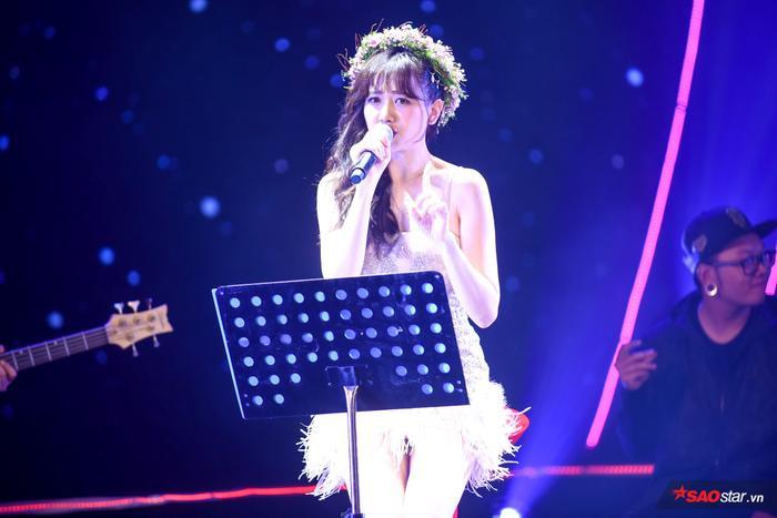 Hari Won mang đến bản mashup thú vị trong phần 2 của chương trình.