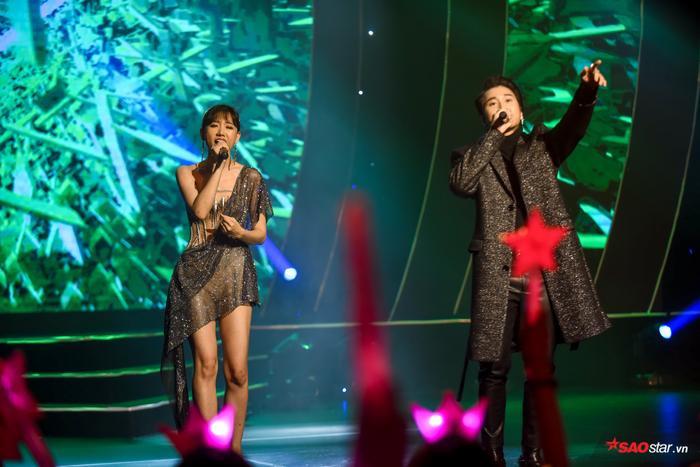 Hari Won bị Trấn Thành tố thiếu chuyên nghiệp ngay trên sân khấu mini concert Galaxy Of Love ảnh 14