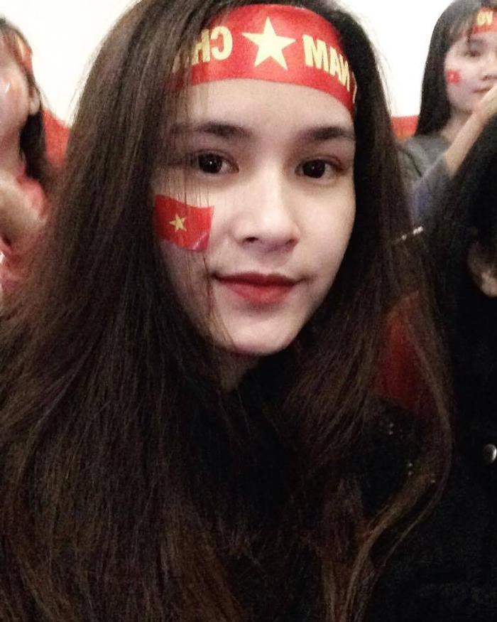 Vẻ đẹp nhẹ nhàng của cô gái Tuyên Quang.