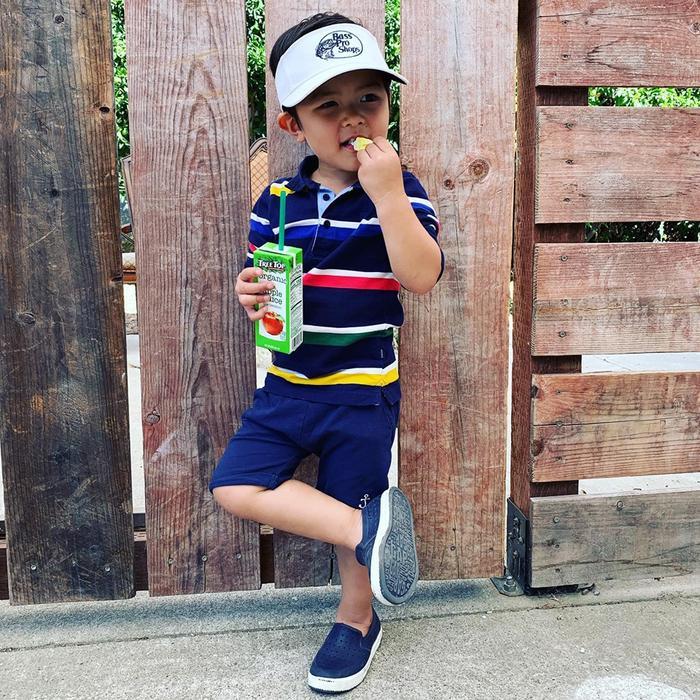 Con trai 2 tuổi của Đan Trường tích cực tập thể dục cho body đẹp để chụp hình quảng cáo ảnh 3