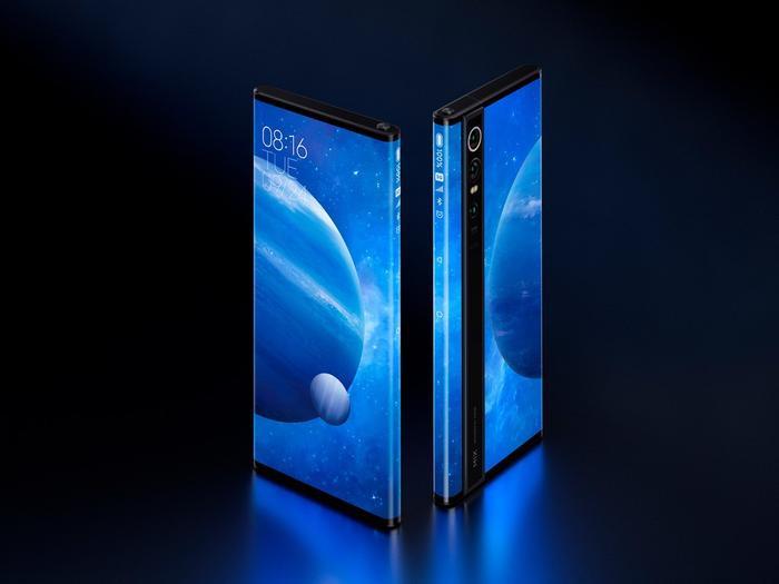 Mi MIX Alpha không hề sở hữu loa thoại như các điện thoại thông thường, thay vào đó, thiết bị này lại được tích hợp công nghệ truyền âm qua màn hình.