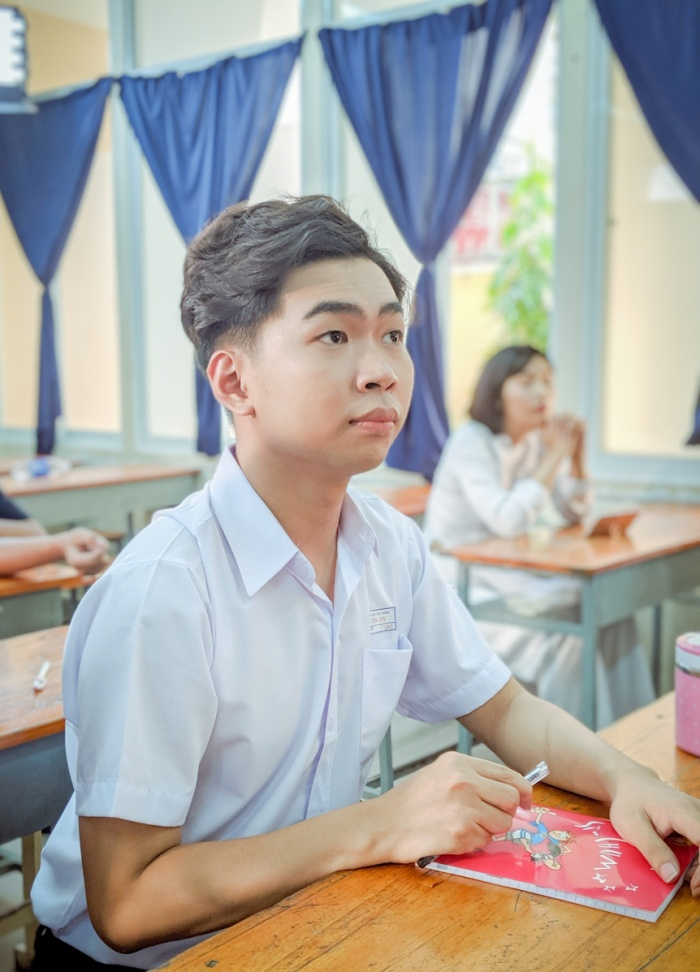 Tập 2 'Vạch áo cho người xem luôn': Minh Dự chơi lớn khi mời Anh Tú, BB Trần và cả thần tượng tuổi thơ góp mặt.