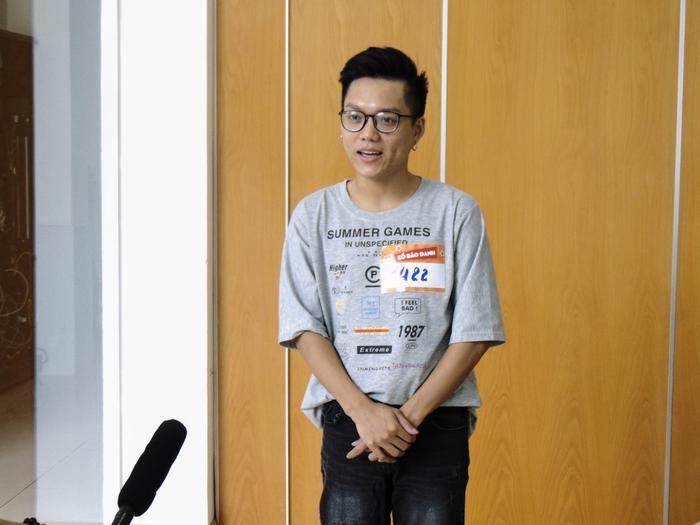 Norin Phạm bất chấp đường xa, bay từ Hà Nội vào Sài Gòn để casting chương trình Sao Phải Cười.