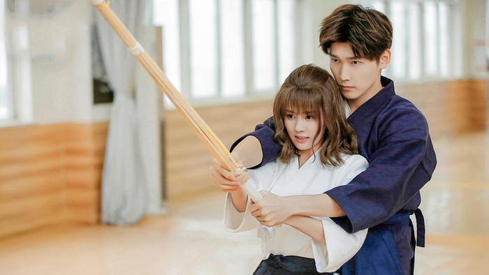 Thế giới nợ tôi một mối tình đầu vừa phát sóng đã có lượt rating cao không thua kém phim Hàn Quốc ảnh 1