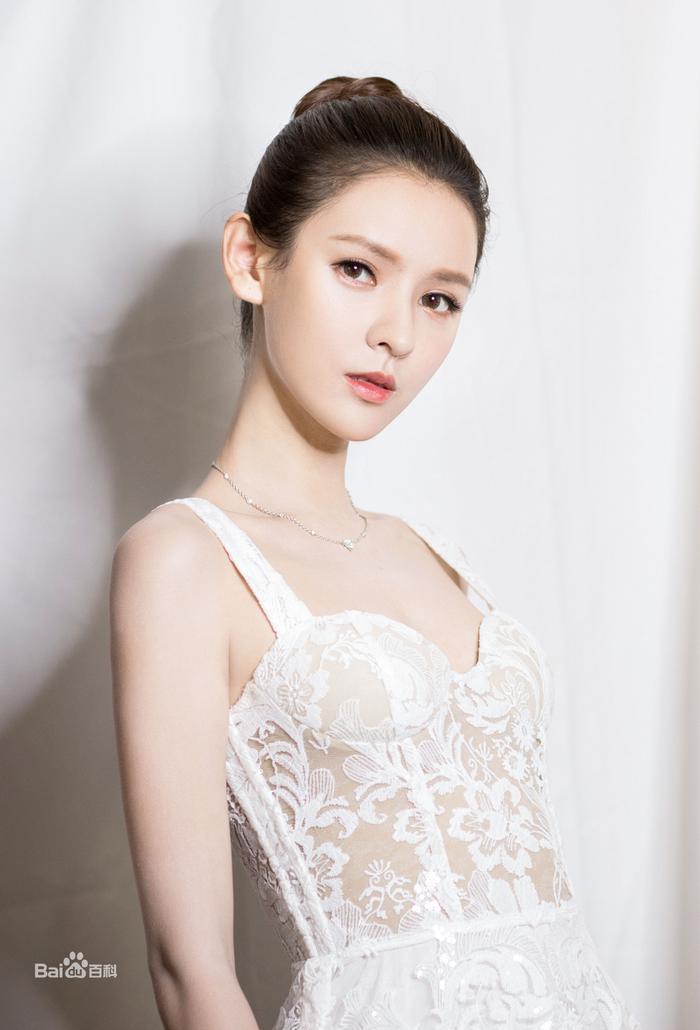 Vương Băng Nghiên xuất hiện xinh đẹp trong dự án phim mới Lưu Ly Mỹ Nhân Sát ảnh 8
