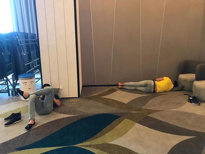 Mister Global bị tố để loạt nam vương ngủ vạ vật khiến fan xót xa: Đại diện Việt Nam nói gì?