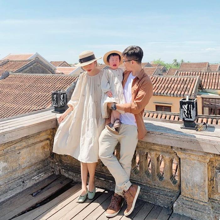 Gia đình nhỏ diện quần áo mix-match khiến ai cũng muốn có ngay một đứa con để cùng nhau đi du lịch ảnh 4
