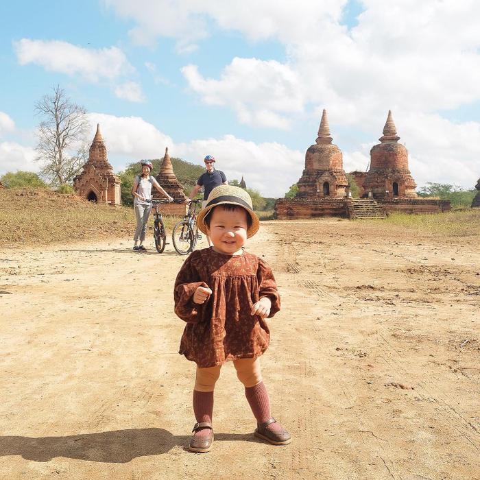 Cô bé Chích Bông và những bước chân đầu tiên tại Campuchia.