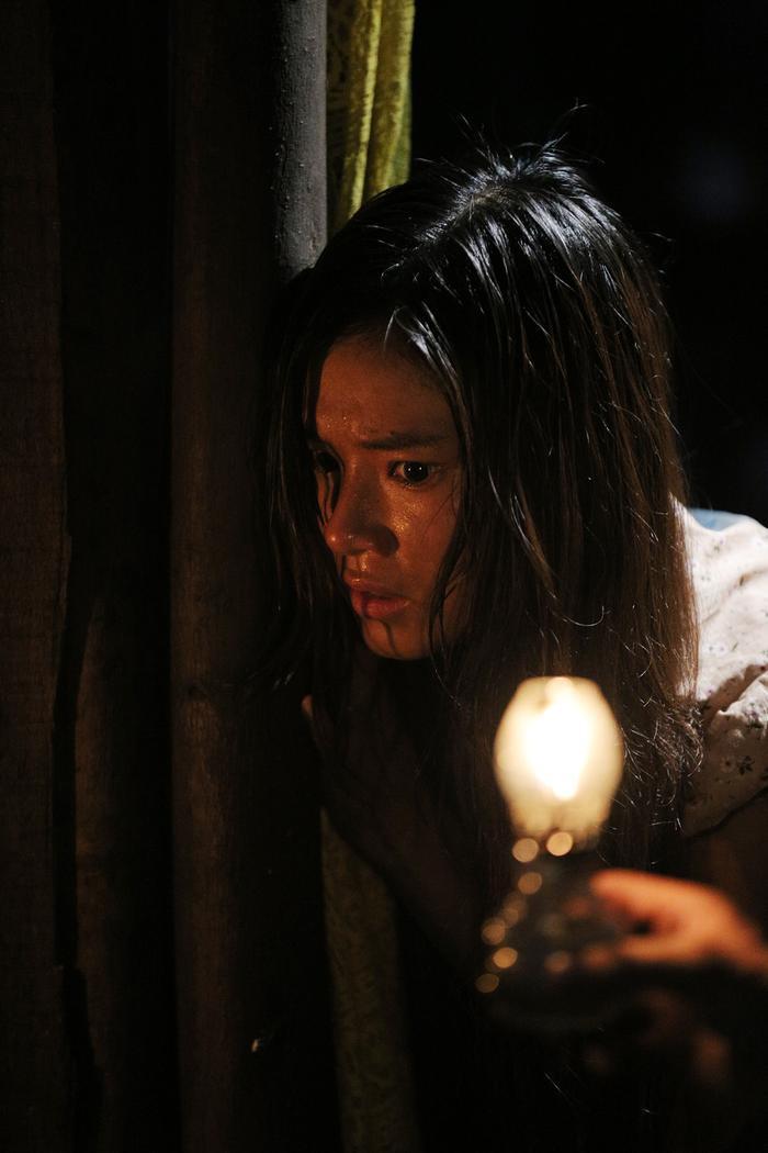 Review phim Thất Sơn tâm linh: Không jump-scare mà vẫn nghẹt thở, Hoàng Yến Chibi diễn vai câm điếc xuất thần bằng ánh mắt ảnh 19