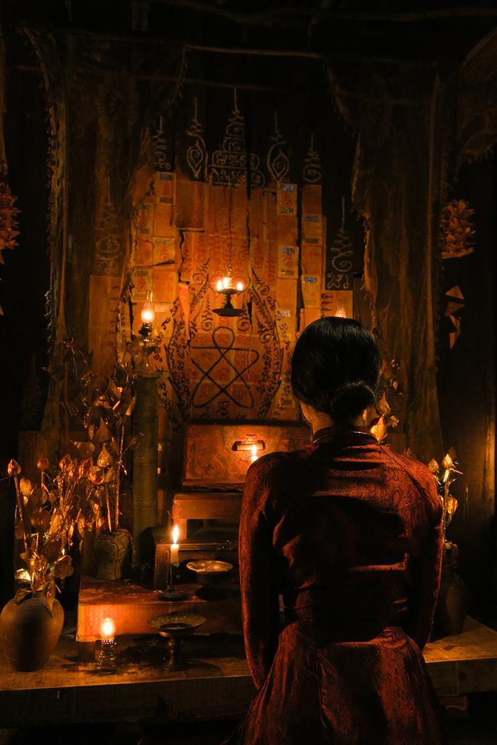 Review phim Thất Sơn tâm linh: Không jump-scare mà vẫn nghẹt thở, Hoàng Yến Chibi diễn vai câm điếc xuất thần bằng ánh mắt ảnh 1
