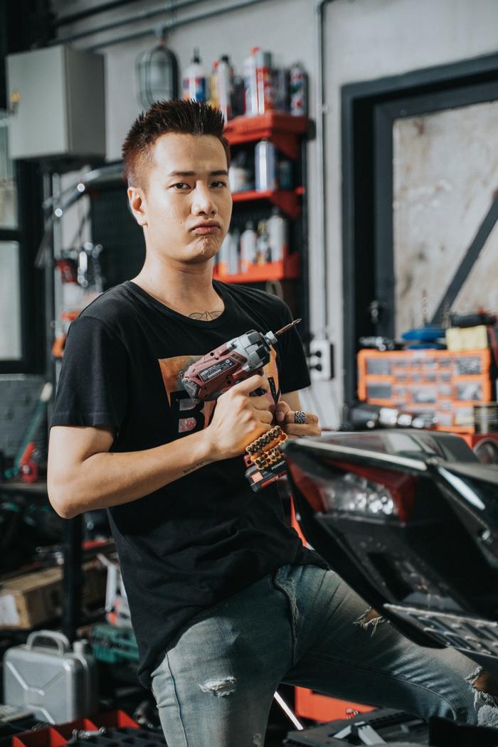 """Dù gặp phải khá nhiều """"vận xui"""" nhưng Lou Hoàng vẫn quyết tâm thực hiện nên sản phẩm này."""