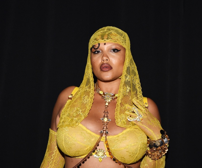 'Tân binh' làng nội y Savage x Fenty của Rihanna là mối đe dọa với gã khổng lồ Victoria's Secret? ảnh 8