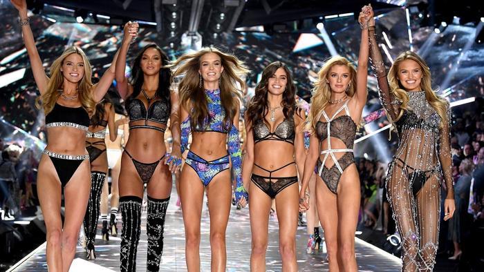 Dàn người mẫu đẹp như mơ của VS.