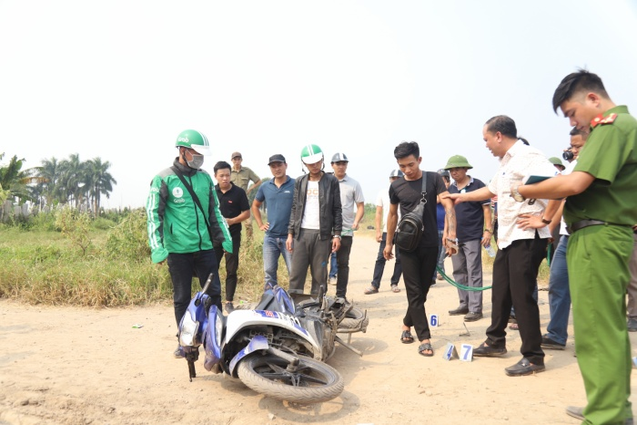 Toàn cảnh vụ nam sinh 18 tuổi chạy Grab bị sát hại ở bãi đất hoang trong đêm tối tại Hà Nội ảnh 8