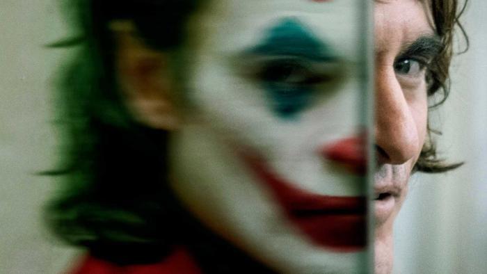 'Joker'  Tấn bi kịch phản ánh nỗi chật vật của người mắc bệnh tâm lý ảnh 4