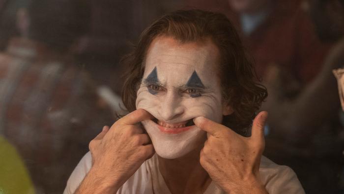 'Joker'  Tấn bi kịch phản ánh nỗi chật vật của người mắc bệnh tâm lý ảnh 2