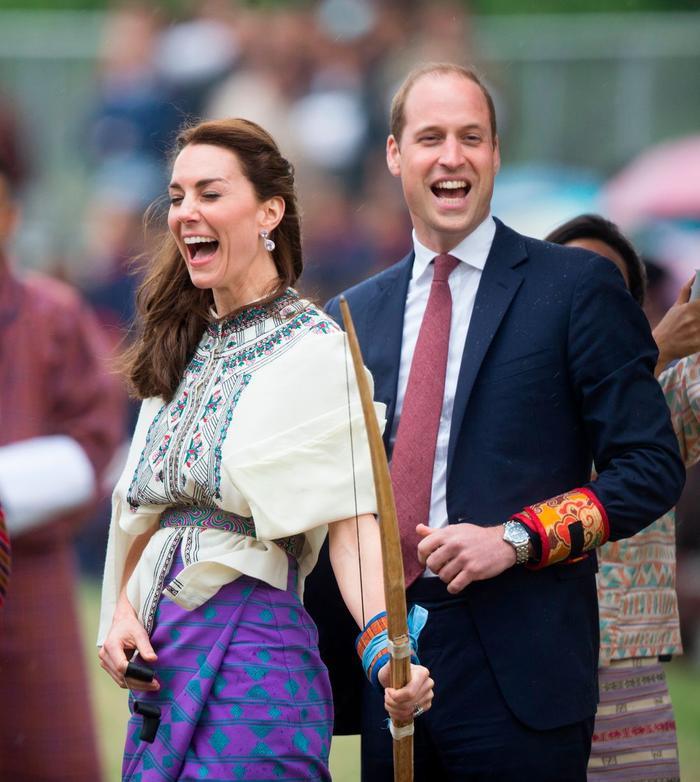 Công nương Kate và hHoàng tử William đang nghĩ gì mà vui thế?