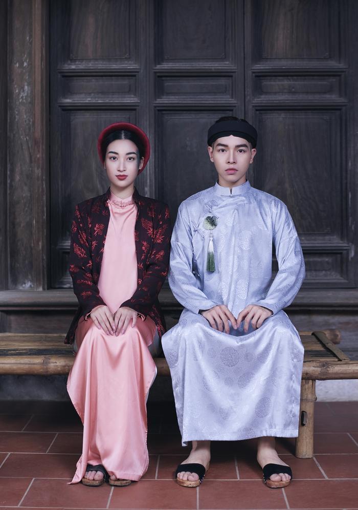 Tạo hình cổ trang của Đức Phúc và Hoa hậu Đỗ Mỹ Linh trong MV.