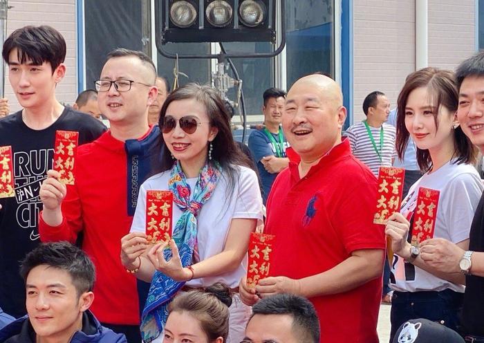 """Chu Nhất Long trong buổi khai máy phim """"Tôi thân yêu""""."""