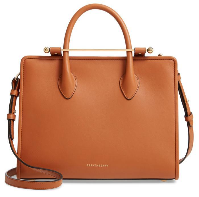 Chiếc túi này có giá $750 (17,414,625 VNĐ).