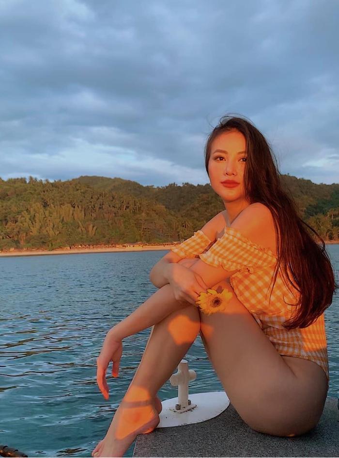 Phương Khánh diện bikini khoe đường cong nóng hổi trước ngày trao lại vương miện ảnh 0
